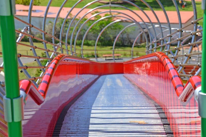 木下万葉公園の滑り台