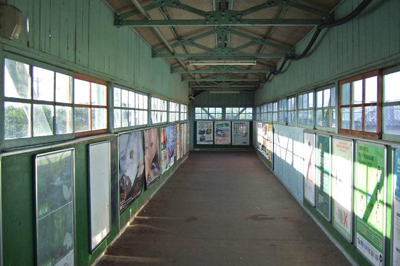 昔のJR木下駅オーバーブリッジ跨線橋