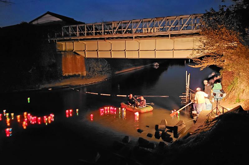 弁天川の灯りの夕べ