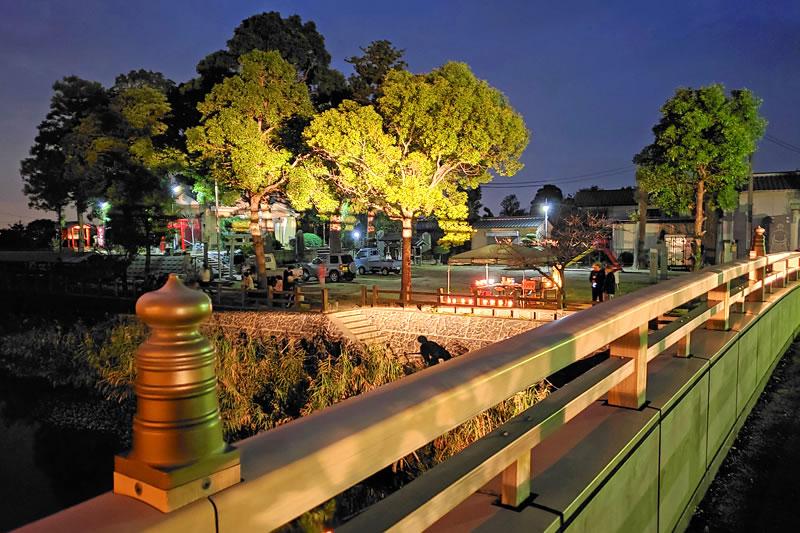 六軒厳島神社と水神橋