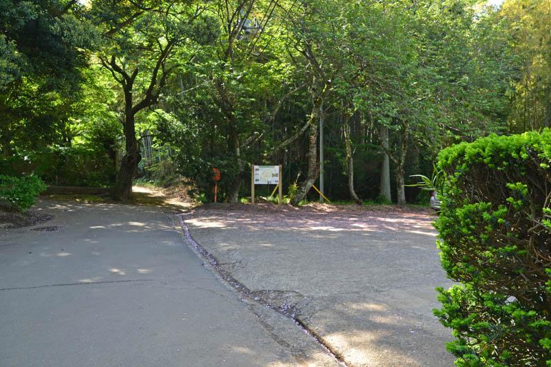 松虫寺駐車場