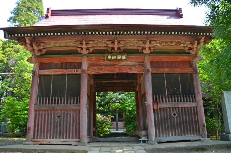 松虫寺の門
